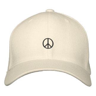 Friedenssymbol-gestickter Hut