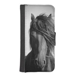 Friesischer Stallion im Wind iPhone 5 Geldbeutel