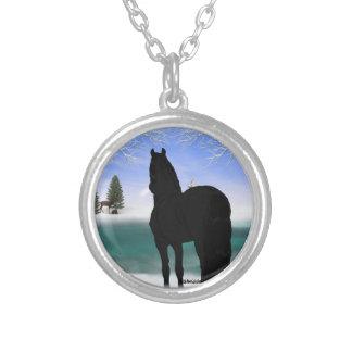 Friesisches Pferd im Winter Halskette Mit Rundem Anhänger