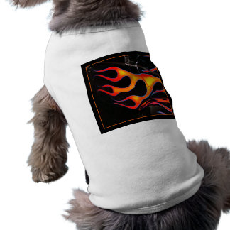 Frisiertes Auto flammt Hündchen-Shirt Ärmelfreies Hunde-Shirt