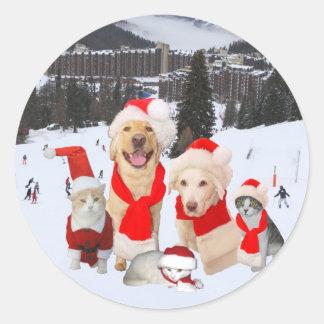 Frohe Weihnachten von der Gruppe! Runder Aufkleber