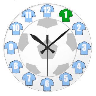 Fußball-Uhr - mit Himmel-Blau-Shirts Wanduhr