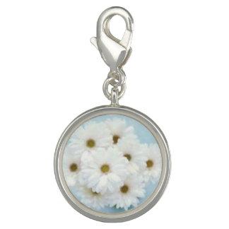 Gänseblümchen über aquamarinem charm