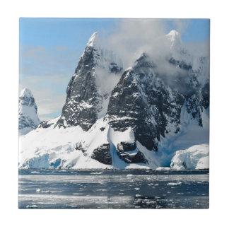Gebirgseis Bergs Kleine Quadratische Fliese