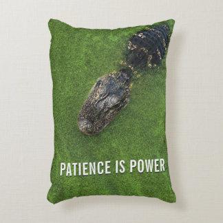 Geduld ist Power • AlligatorFoto • Florida Zierkissen
