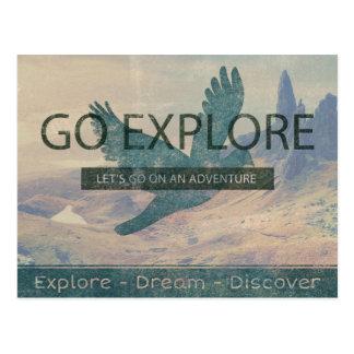 Gehen Sie erforschen Postkarte