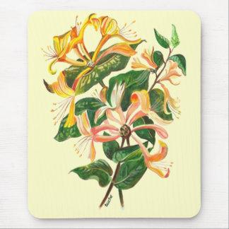 Geißblatt-Blumenstrauß Mousepad