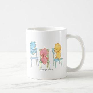 Gelb, rosa und Blau betrifft Stühle Tasse