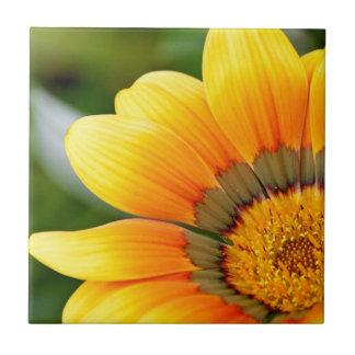 Gelbe Blüte Keramikfliese