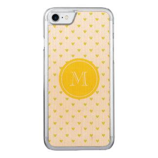 Gelbe Glitter-Herzen mit Monogramm Carved iPhone 7 Hülle