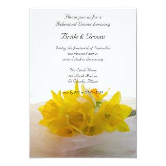 Gelbe Narzissen auf weißem 12,7 X 17,8 Cm Einladungskarte