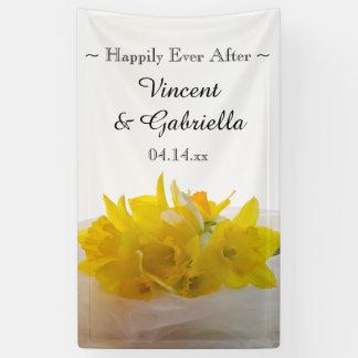 Gelbe Narzissen auf weißer Frühlings-Hochzeit Banner