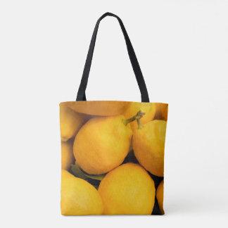 Gelbe Zitronen-Früchte