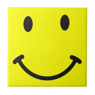 Gelber Smiley-Fliesen-Untersetzer Kleine Quadratische Fliese