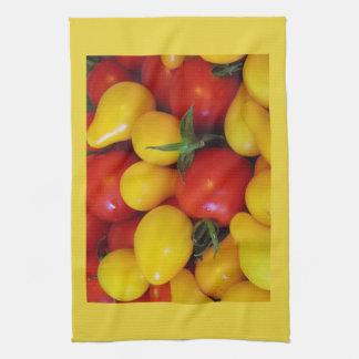Gelbes und rotes Birnen-Tomate-Geschirrtuch Geschirrtuch