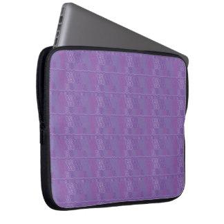 Geo Valentina - abstrakte Herzen II Laptop Sleeve