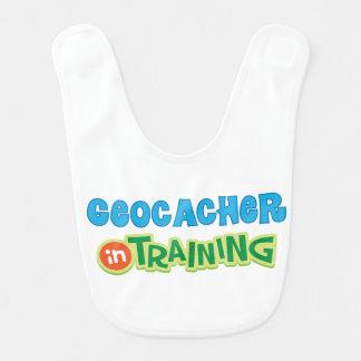 Geocacher im Training scherzt Shirt Lätzchen
