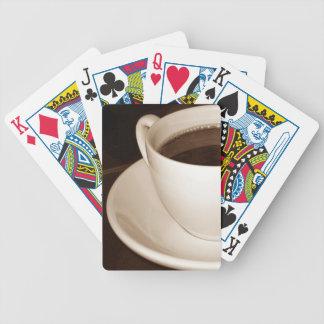 Gerade fahren Hälfte Spielkarten eines