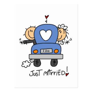 Gerade verheiratete Braut und Bräutigam-T - Shirts Postkarten