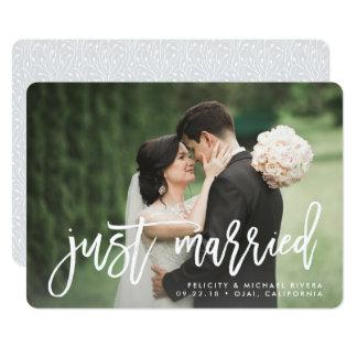 Gerade verheiratete | Bürsten-mit Buchstaben 12,7 X 17,8 Cm Einladungskarte
