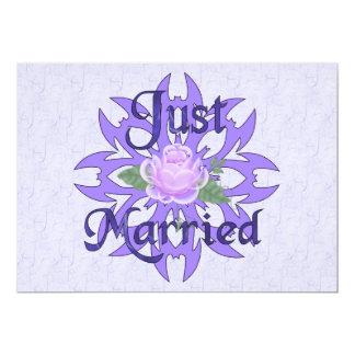 Gerade verheiratete Lavendel-Rose 12,7 X 17,8 Cm Einladungskarte
