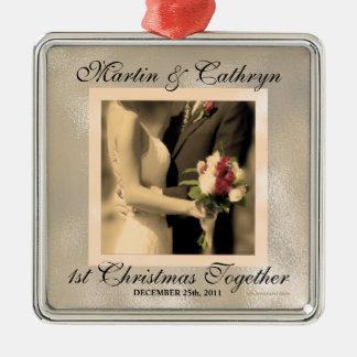 Gerade verheiratetes 1. Weihnachtsgewohnheits-Jahr Silbernes Ornament