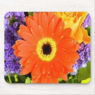 Gerbera-Blumenstrauß Mauspads