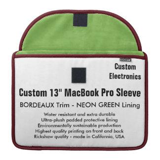 "Gewohnheit 13"" MacBook Pro-Hülse - Bordeaux u. MacBook Pro Sleeve"