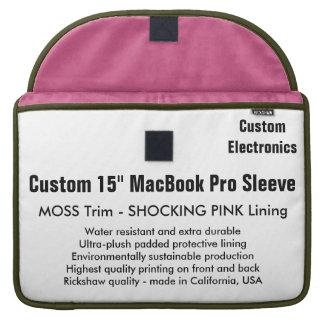 "Gewohnheit 15"" MacBook Pro-Hülse - Moos u. Rosa Sleeve Für MacBooks"