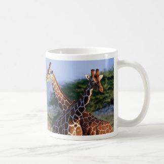 Giraffen gekreuzt, Mutter + Kind Kaffeetasse