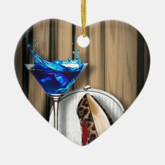 Glamourmartini-Cocktail-Party-Mädchen stilletos Keramik Herz-Ornament