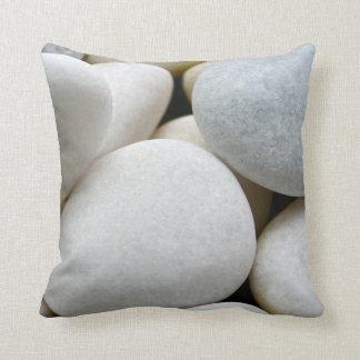 Glatte weiße runde Zen-Kiesel-SteinFoto-Kissen Kissen