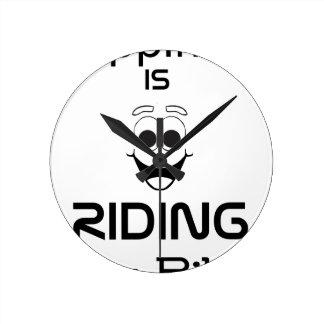 Glück reitet mein Fahrrad Runde Wanduhr