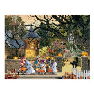 Glückliche Halloween-Kinder Postkarte