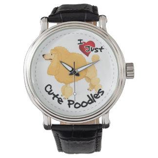 Glücklicher entzückender lustiger u. niedlicher armbanduhr
