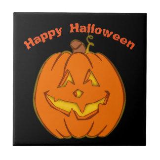 Glücklicher lächelnder Kürbis Halloweens Fliese