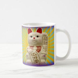 Glückliches Katzen-japanisches viel Tasse