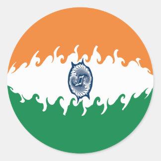 Gnarly Flagge Indiens Runder Aufkleber