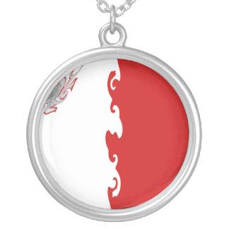 Gnarly Flagge Maltas Halskette Mit Rundem Anhänger