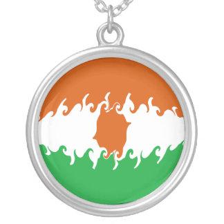 Gnarly Flagge Nigers Selbst Gestaltete Halskette