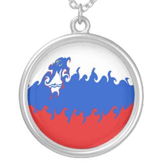 Gnarly Flagge Sloweniens Halskette Mit Rundem Anhänger