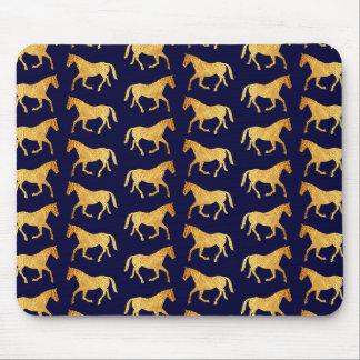 Goldene Pferde Mauspads