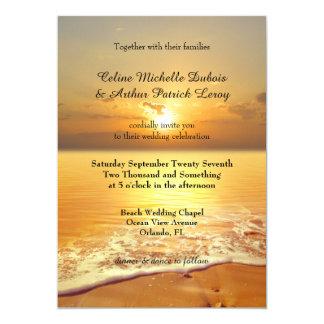Goldene Sonnenuntergang-Strand-Hochzeits-Einladung Karte