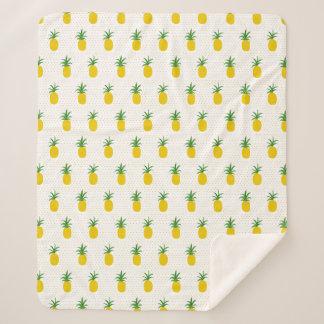 Goldene tropische Ananas Sherpadecke