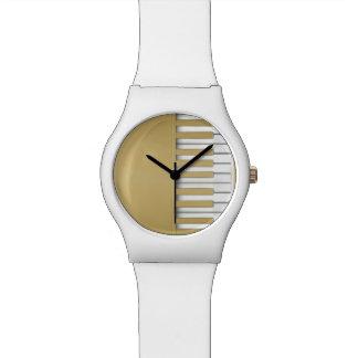 Goldklavier-Tastatur-Musik Uhr