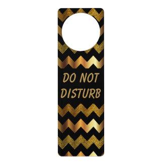 GoldZickzack Muster   stören nicht Zeichen Türanhänger