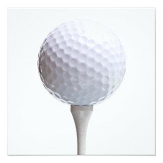Golfball u. T-Stück auf Weiß kundengebundener Karte