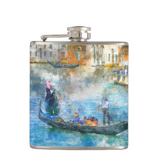 Gondeln auf dem Canal Grande in Venedig Italien Flachmann