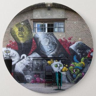 Graffiti auf Stadtbahnbogen, Wien Österreich Runder Button 15,3 Cm