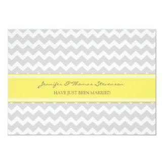 Graue Zitronen-Zickzack gerade verheiratete 12,7 X 17,8 Cm Einladungskarte